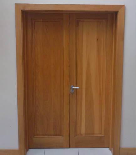 These oak double doors were made to order and fitted. The oak frames have been made to accomadate a thick wall 12 inches deep.